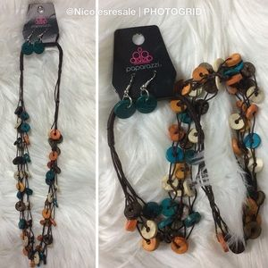 paparazzi Jewelry - Paparazzi Necklace Wooden Fall Colors